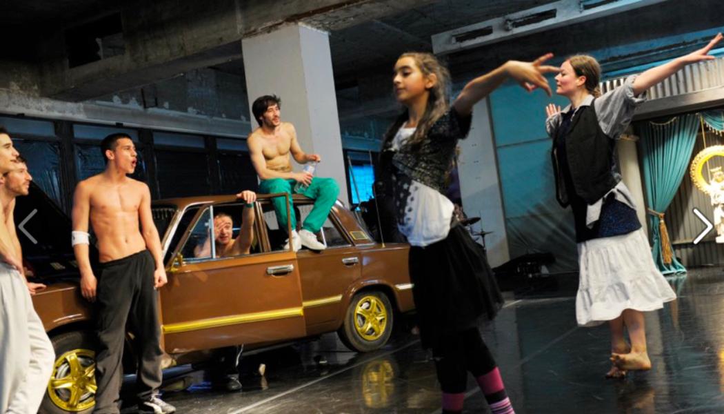 "In Performance: World Premier of Constanza Macras' new piece ""Open for Everything"" opening the Wiener Festwochen 2012"