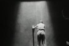 DV8 – Dead Dreams of Monochrome Men