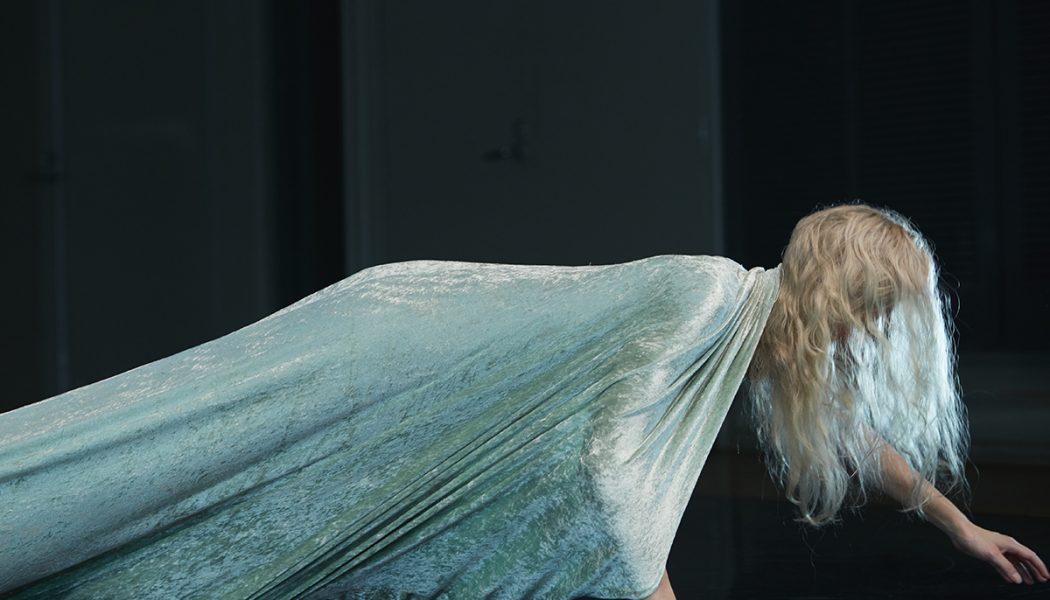In Performance: Angela Goh, Desert Body Creep (COIL)